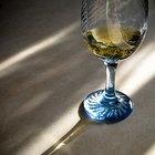 É seguro beber em copos de cristal de chumbo?