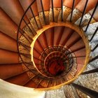 ¿Cuáles son los nombres de las partes de las escaleras?