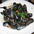 How to reheat mussels