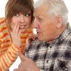 Cómo lidiar con los chismes dentro de la familia