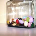 Fun Ideas for What to Put in an Estimation Jar or Guessing Jar as a Fundraiser