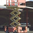 How to calculate scissor lift length