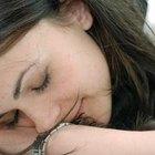Dores de cabeça causadas por muitas horas de sono