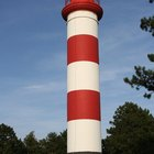 How to make a lighthouse out of paper towel rolls