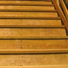 How to cover tread gaps in a staircase