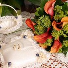 ¿Cómo hacer centros de mesa económicos para una boda?