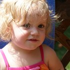 Como fazer uma criança parar de puxar os cabelos