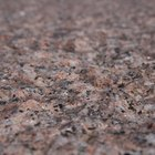 Conserto de rachaduras finas em granito