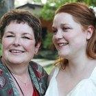 Consejos para ser una madre de la novia elegante y de aspecto juvenil