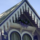 Victorian color schemes have one main color complemented by many subsidiary colors.