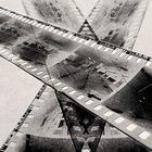 What Are the Similarities Between Daguerreotype & Calotype?