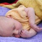 ¿Debería dejar dormir a un bebé si se golpeó la cabeza?