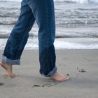O que causa dor na lateral dos pés?