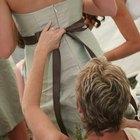 ¿Cómo hacer un lazo para un vestido de novia?