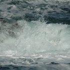 ¿Por qué añadir sal al agua disminuye el punto de congelación?