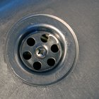 How to Remove Silicone From a Stainless Steel Sink