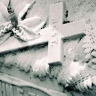 How to clean white marble gravestones