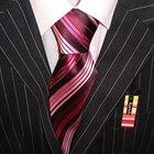 Qué tipo de corbata se puede combinar con un traje oscuro de raya diplomática