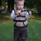 Conductas apropiadas para el desarrollo de un niño de dieciocho meses de edad