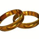 Preguntas más frecuentes: cómo remover arañazos de las alianzas matrimoniales de oro amarillo