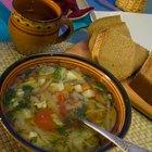 Como remover o excesso de sal da sopa