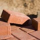Como colocar tijolos em chão de terra
