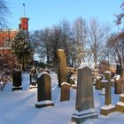 How do I find deceased relatives for free?