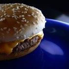 Cómo freír hamburguesas sin quemarlas