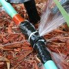 Cómo reparar una manguera de jardín