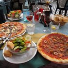 Ensaladas para acompañar la pizza