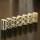 How to Calculate Possible Combinations in Dominoes