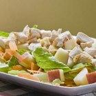 Cómo preparar ensalada de pollo con manzana y nuez