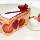 Cómo hacer un pastel de fresa con gelatina
