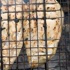 Como pré-cozinhar peito de frango para quando for grelhá-lo para muitas pessoas