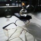 Como trocar as lentes em óculos com armações de plástico