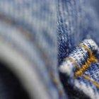 Cómo desteñir ligeramente tus jeans