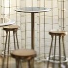 La mejor altura de una silla para una mesa de barra