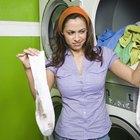 Cómo desodorizar la ropa sucia realmente maloliente