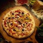 Cómo convertir una parrilla en un horno de pizza