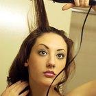 ¿Qué puedes colocar en tu cabello antes de rizarlo para hacer que dure?