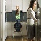 Cómo quitar la grasa de un armario de aglomerado