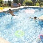 Como consertar uma capa de piscina furada