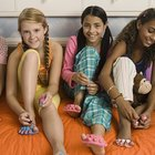 What things are necessary at an 11-year-old girl's spa party?