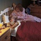 Cómo detener la tos nocturna para que tu hijo pueda dormir