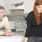 Cómo manejar un hijo adulto que culpa a los padres por los problemas