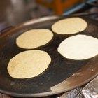 Cómo enrollar las tortillas de maíz para que no se rompan