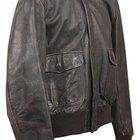 Como remover odor de fumaça de jaquetas de couro sem lavar a seco