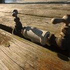 Como consertar vazamentos em canos de ferro fundido