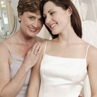 Tips on being a beautiful & classy mother of the bride