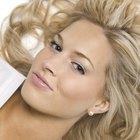 Cómo mantener hidratado el cabello teñido de rubio